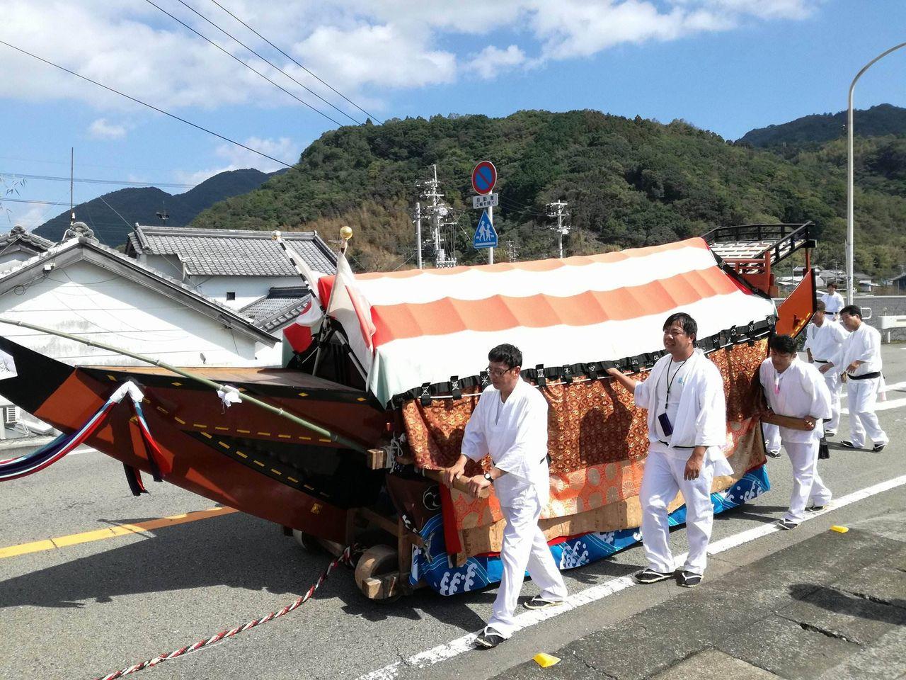 吉良川傍士のお舟